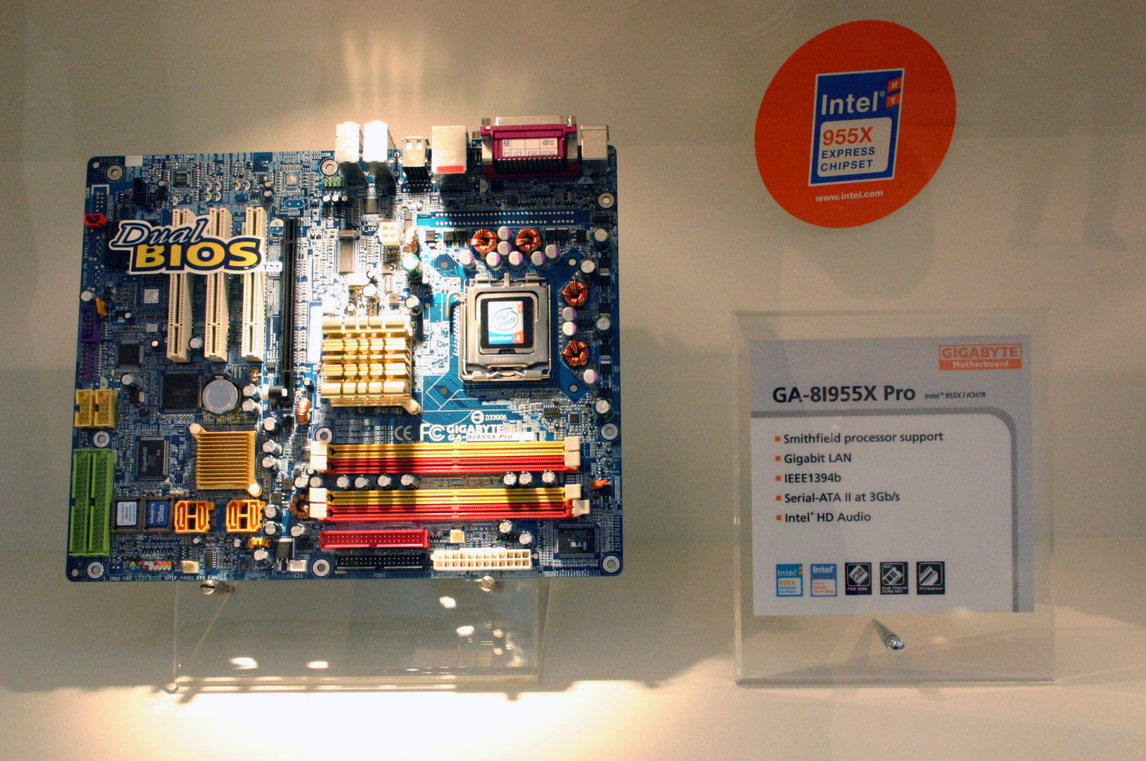 Gigabyte GA-8I955X Pro