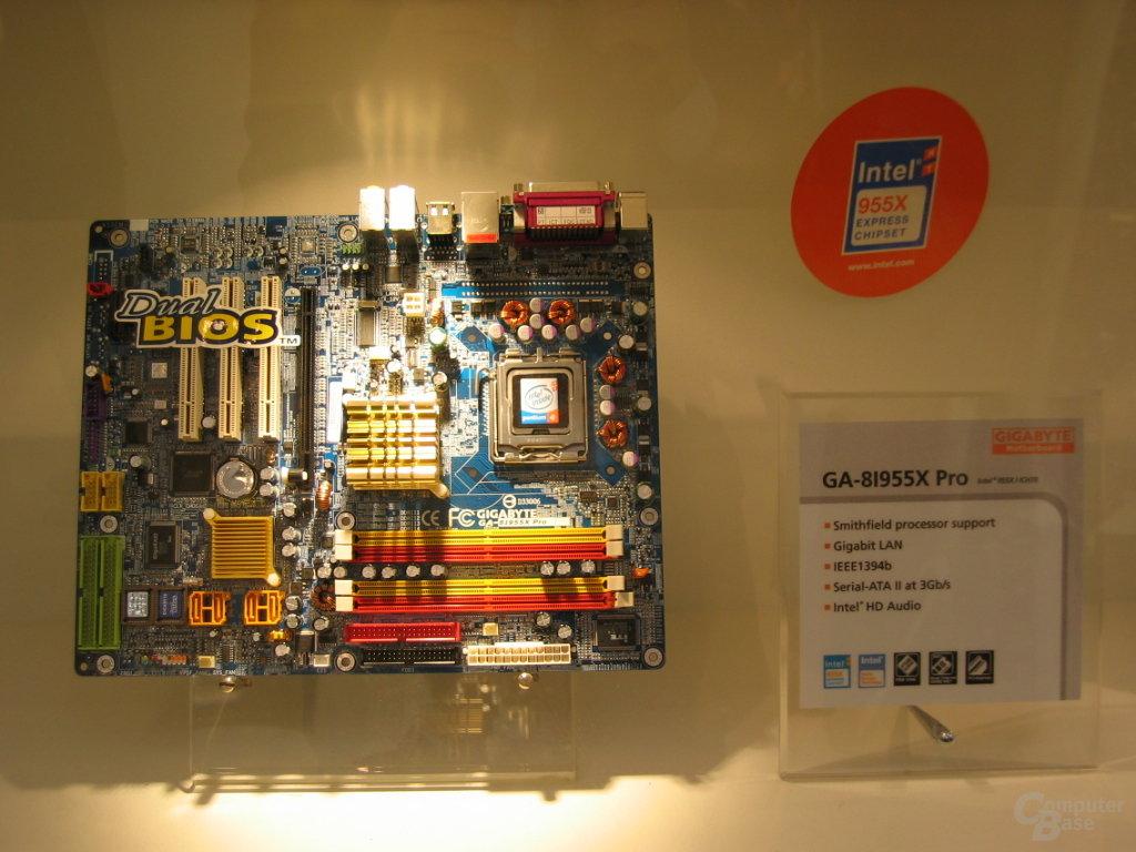 Gigabyte GA-9I955X Pro - 1