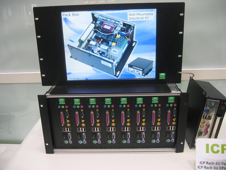 VIAs Board in einem 5U-Gehäuse (2)