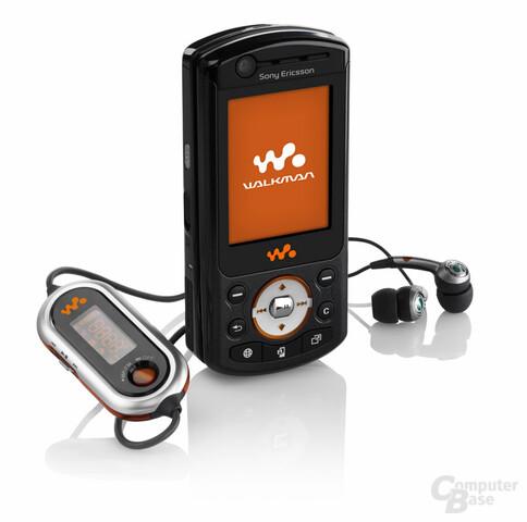 Sony W900i
