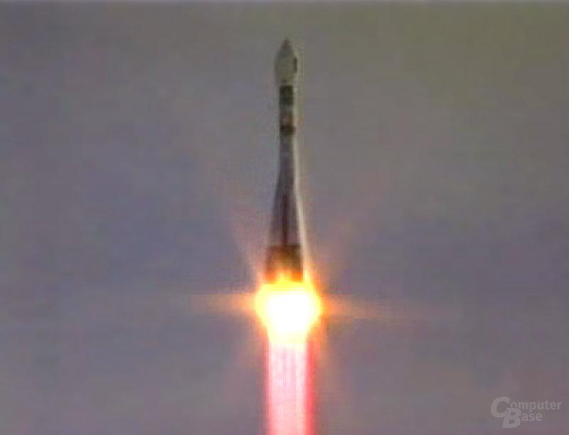 Start der Soyuz-Rakete mit GIOVE-A an Bord