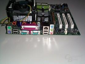 Intels Board-Anschlüsse