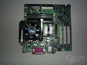 Pentium 4 Board mit Kühler