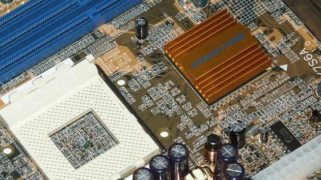 ECS K7S6A mit SiS745 im Test: Der Nachfolger des SiS735 ist da