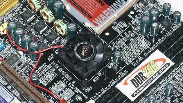 InnoBD BD-7300D im Test: Markteinstieg mit VIA KT266A