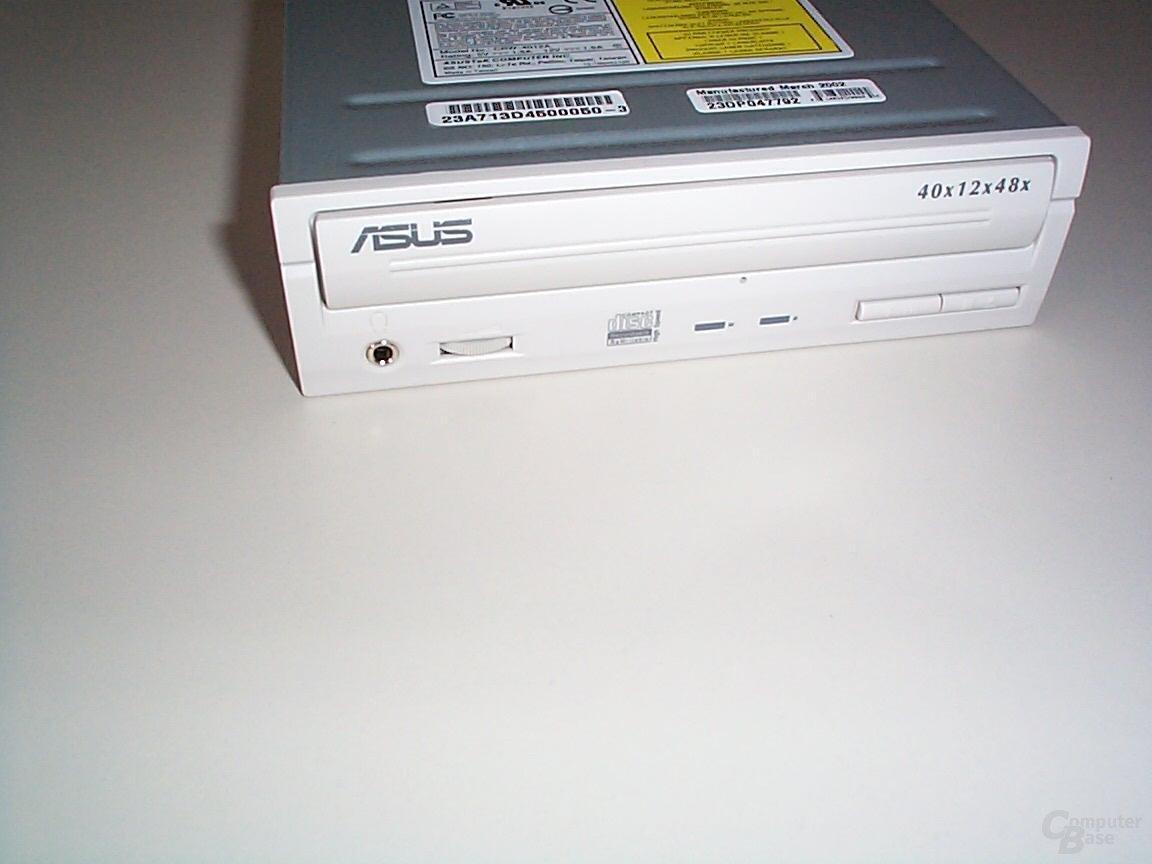 Asus CRW-4012A von Vorn