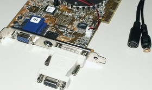 V8460 mit Adaptern