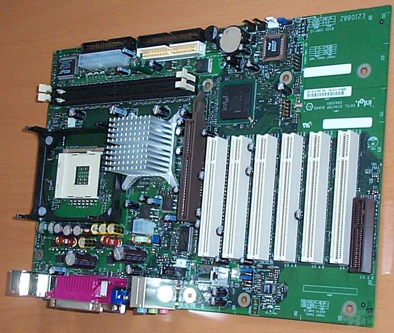 D845GBV Board2