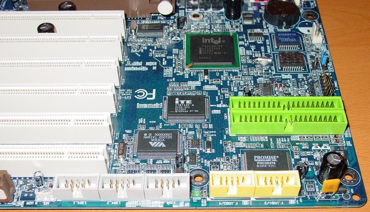 Gigabyte GA-8IEXP - USB-Firewire-Ports