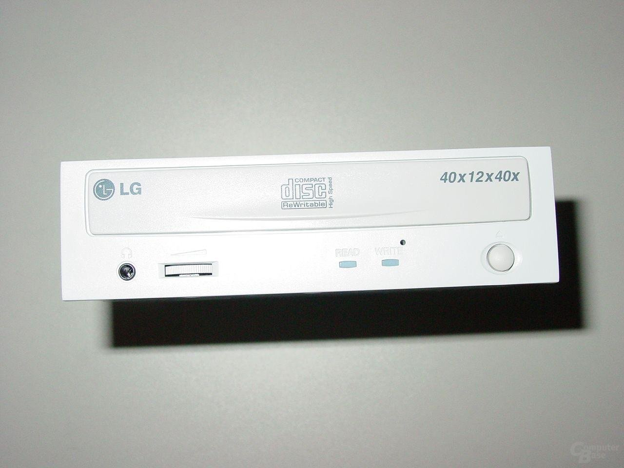 Frontansicht LG GCE-8400B