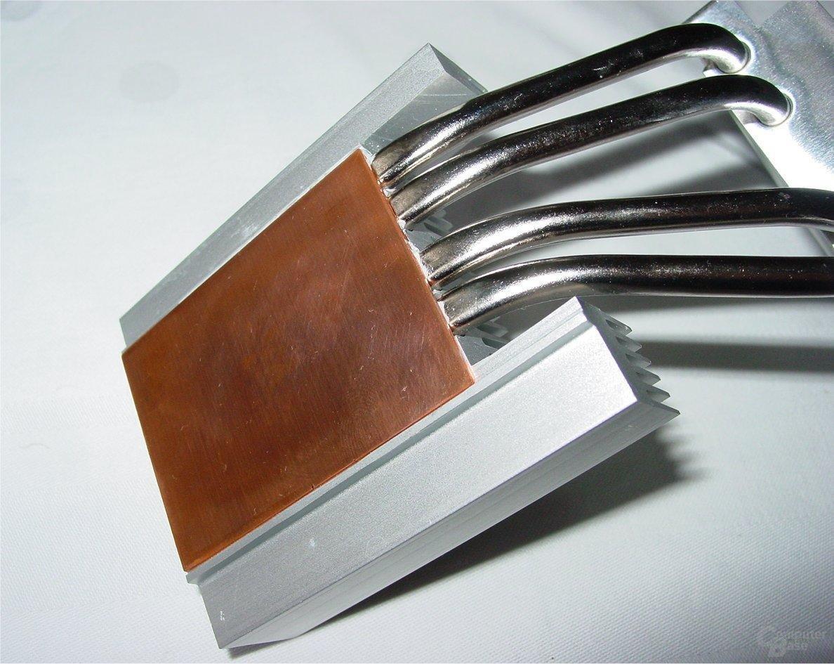 Integrated Cooling Engine – Kühlkörper mit Kupferplatte