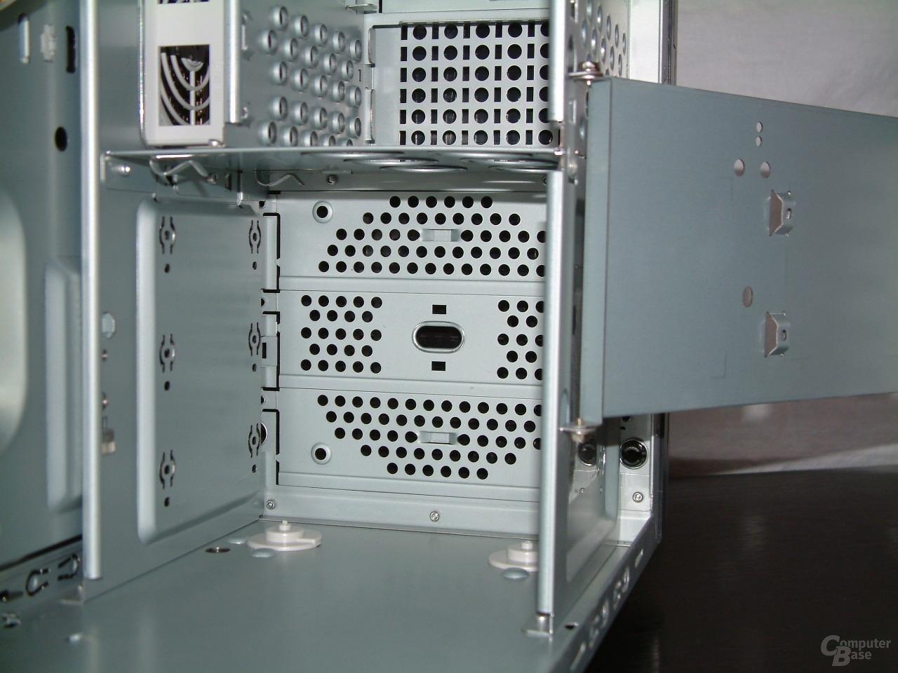 Unterer Käfig, Platz für 120mm Lüfter