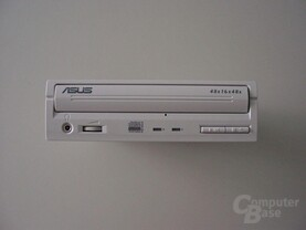 Frontansicht Asus CRW-4816A