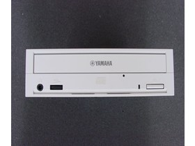 Frontansicht Yamaha CRW-F1