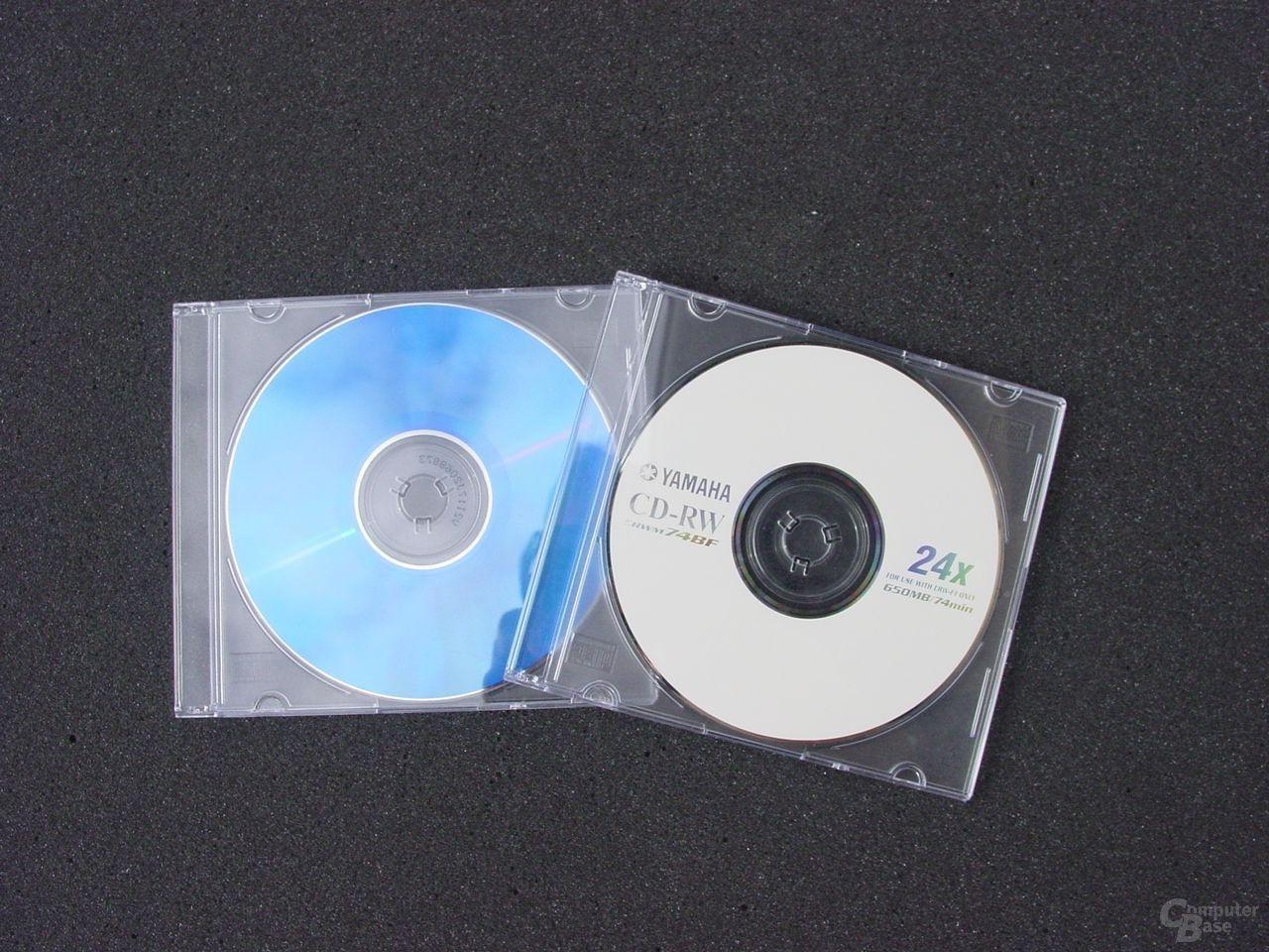 Mitgelieferte Rohlinge - CD-R mit dunkler Unterseite