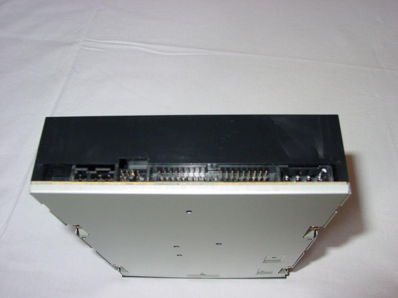 Hinteransicht PX-4012TA