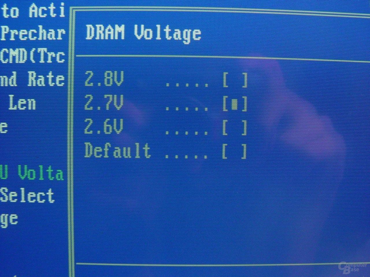 DRAM-Voltage