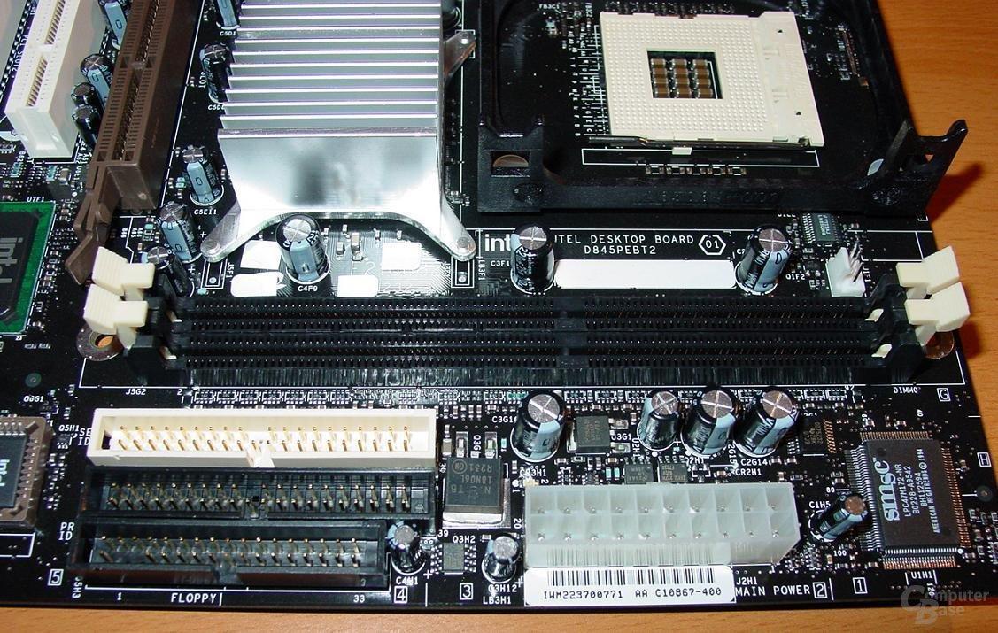 D845PEBT2 - RAM - IDE - Strom