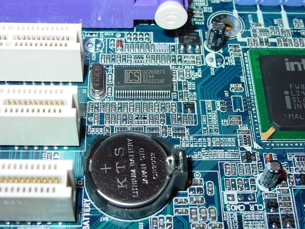 GA-8PE667 Ultra 2 - ICS + Batterie