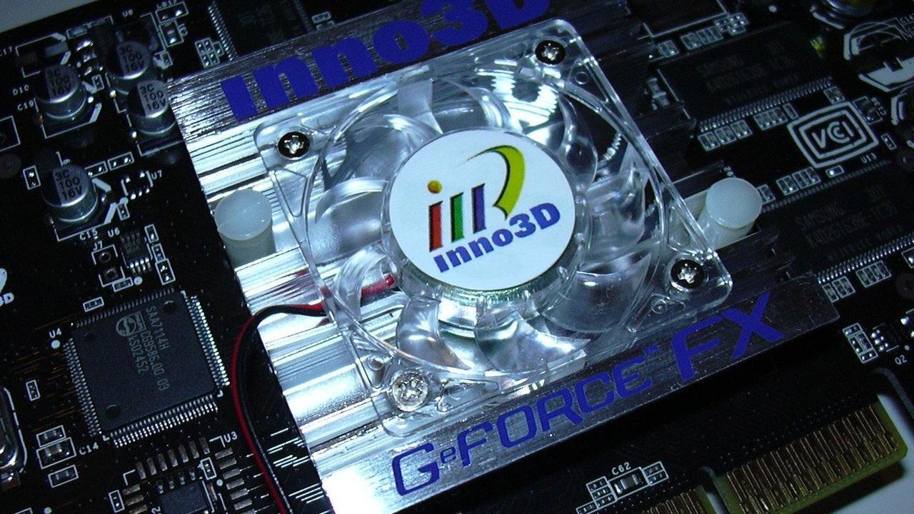 Inno3D FX5600 und ProCardex Ti4200-8X im Test: Die GeForce FX in der Mittelklasse