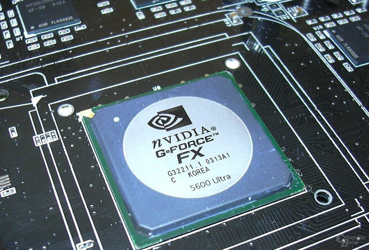 Inno3D FX5600 ultra Chip naked II