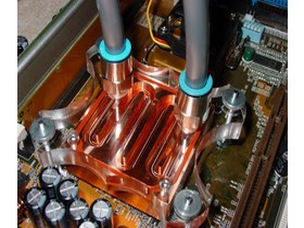 Zern - CPU Kühler montiert - 2