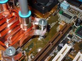 Zern - CPU Kühler montiert - 3