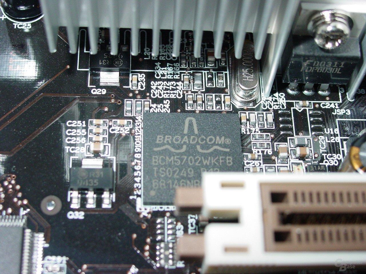 AOpen AX4C Max - Broadcom Gigabit LAN