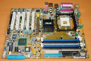 Asus P4C800-E Deluxe - Mainboard