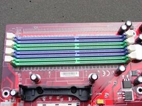 RAM-Slots