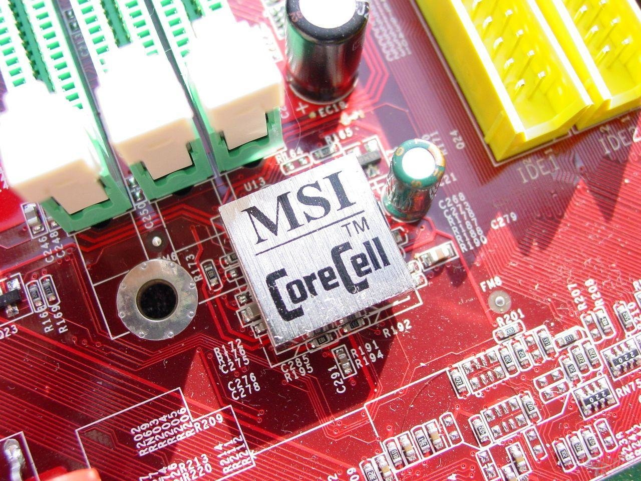 MSI CoreCell