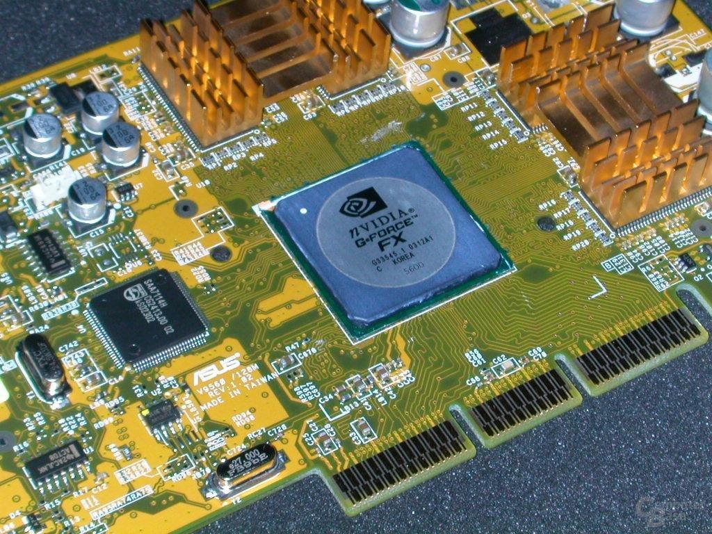 nVidia GeForce FX 5600