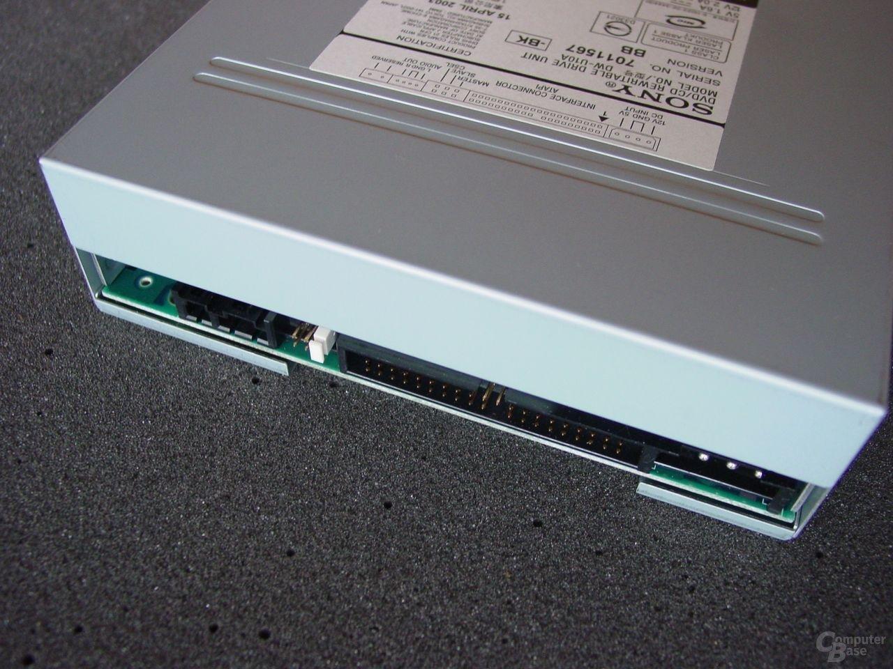 Hinteransicht Sony DRU-500A