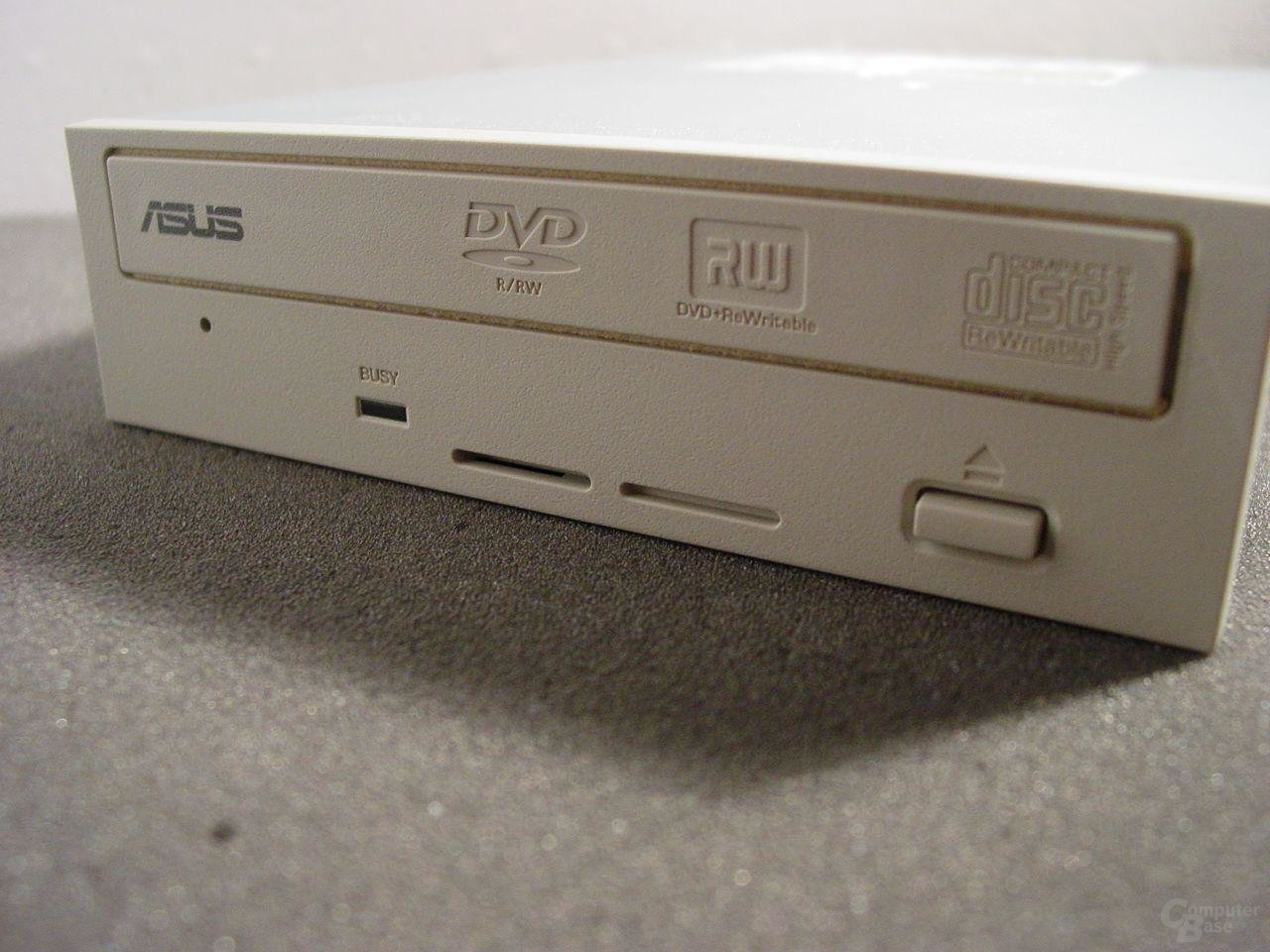 Asus DRW-0402P Frontansicht