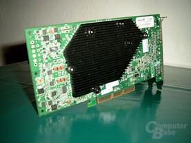 Inno3D FX5900 Ultra von unten