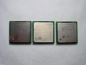 v.l.n.r: Pentium 4 Extreme Edition, Pentium 4 Northwood, Pentium 4 Prescott