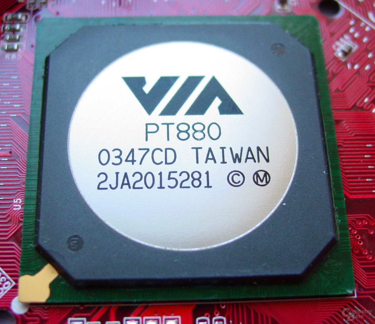 MSI PT880 Neo-LSR - VIA PT880