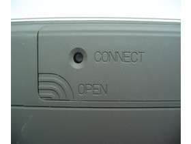 Connect Knopf und Batteriefach