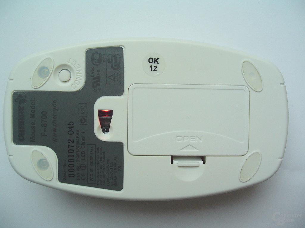 Ansicht von unten samt Batteriefach