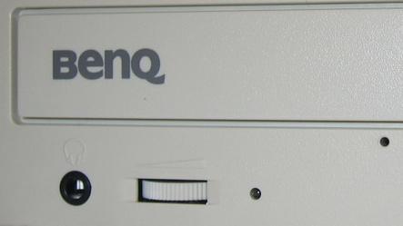 8x-DVD-Brenner von Asus, BenQ und LG im Test: Nur ein Allrounder im Testfeld