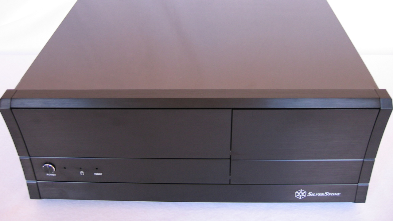 Silverstone SST-LC03 im Test: Es lebe der Desktop-PC