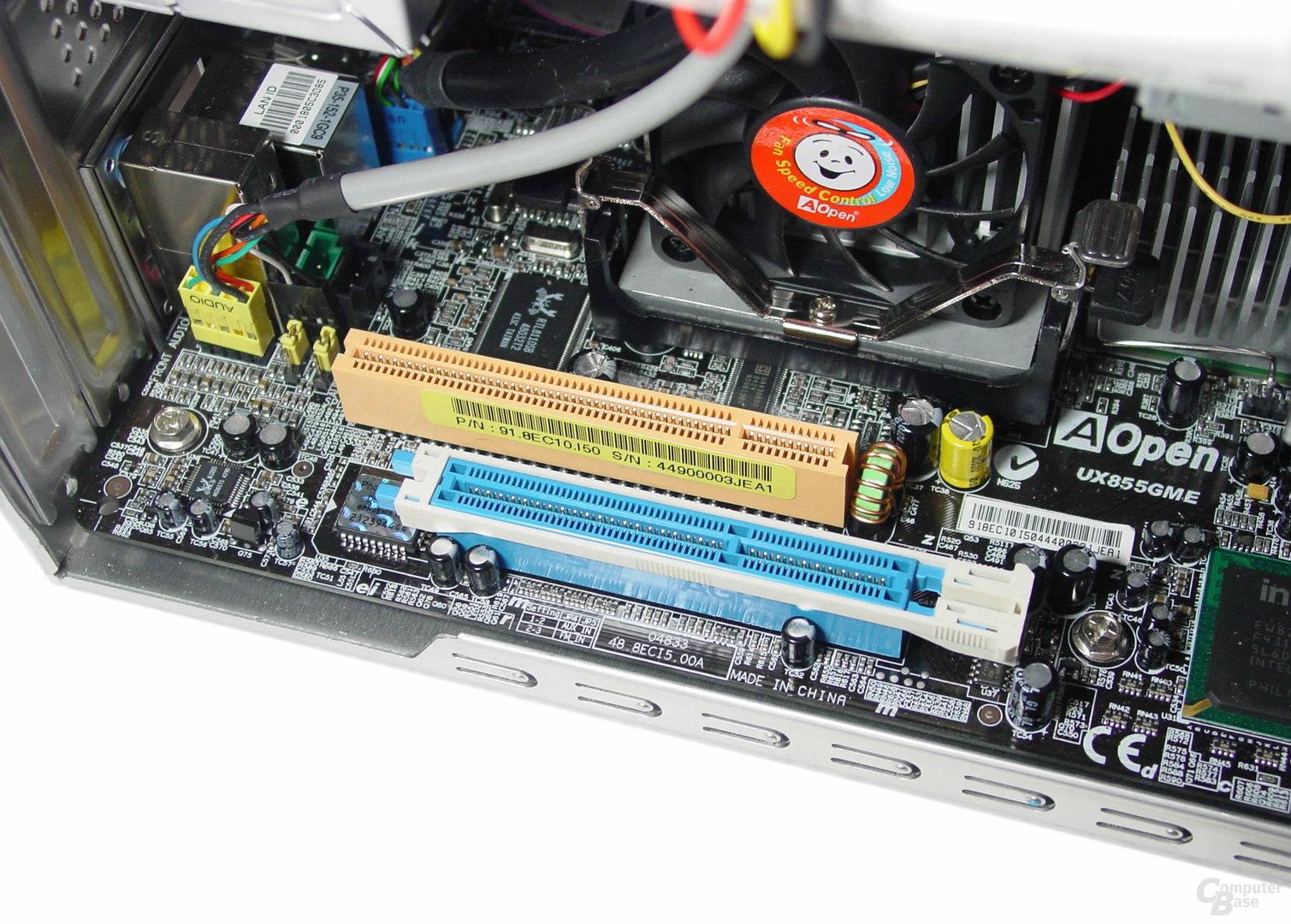 AGP- und PCI-Slot