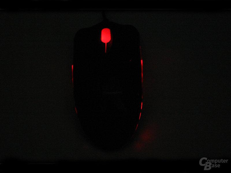 Razer Diamondback im Dunkeln von hinten