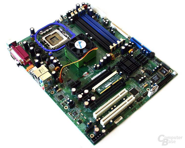 nForce 4 SLI (Intel Edition) Referenzboard