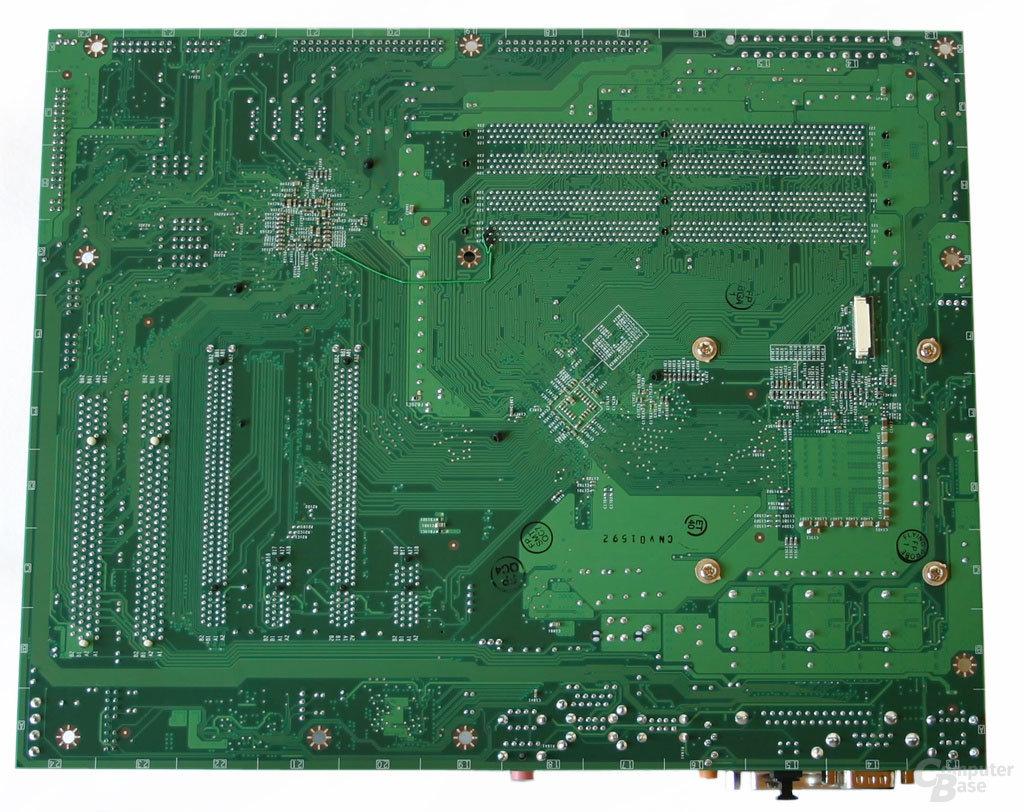 nForce 4 SLI (Intel Edition) Referenzboard Rückseite