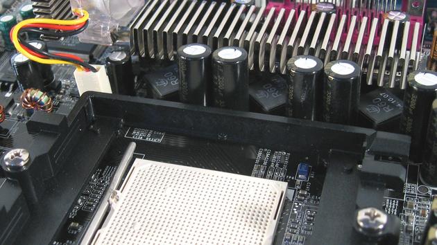 nForce 4 SLI von Asus, Gigabyte und MSI im Test: Wer baut das beste Board für den Athlon 64?