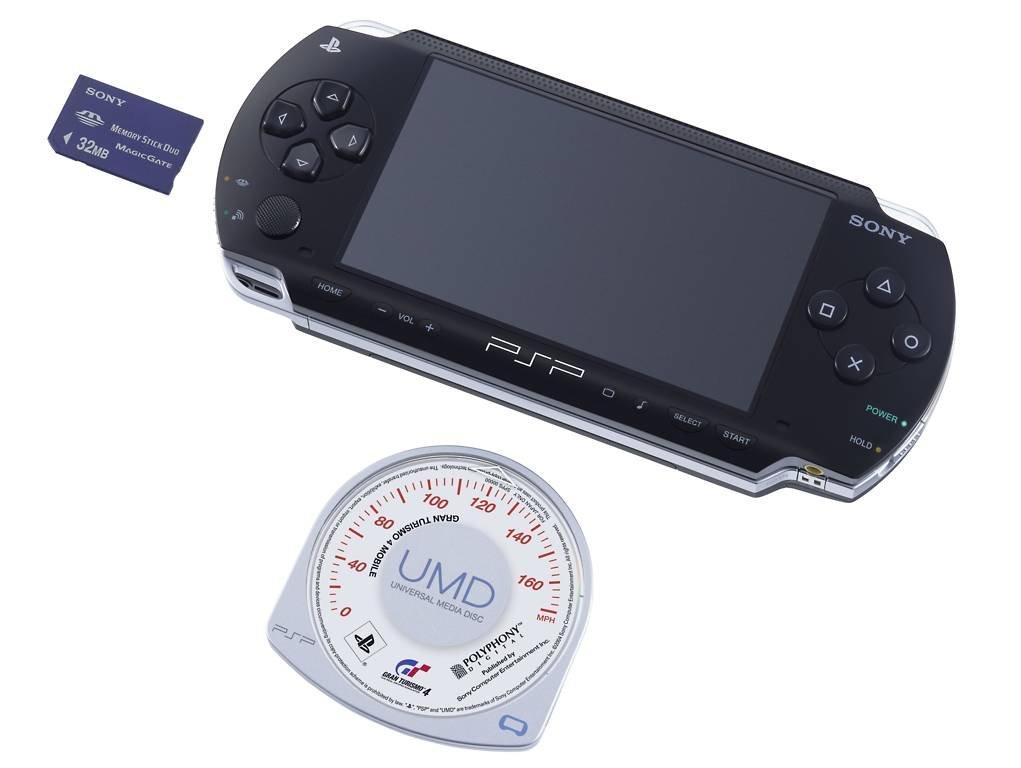 PSP mit UMD und Speicher