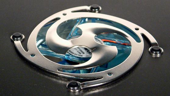 Aspire X-Navigator im Test: Blaue Lichter aus Übersee