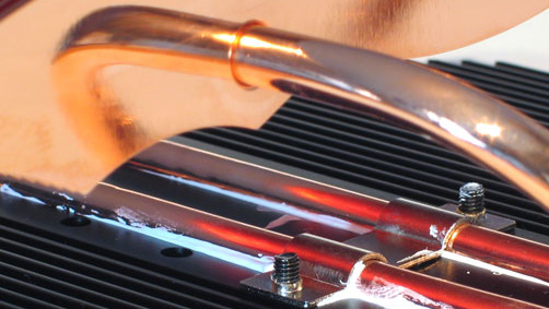 AeroCool VM-102 im Test: Passiver VGA-Kühler für High-End-GPUs