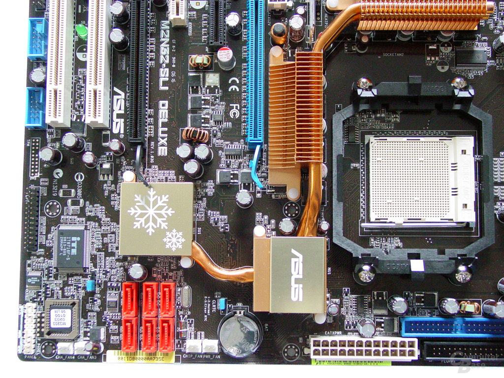 Asus M2N32-SLI Deluxe Wireless Edition